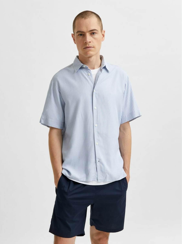 Selected Skjorte - SLHRELAXE BELORG LIGHT BLUE STRIPES | Gate36 Hobro