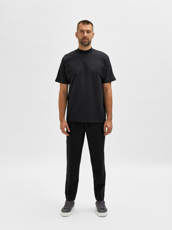 Selected T-shirt - SLHRELAXMART JET BLACK | GATE 36 HOBRO